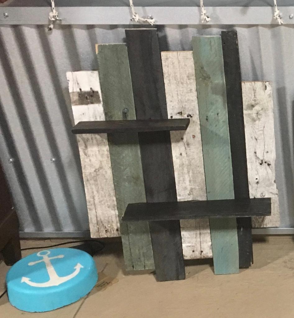 Pallet wood hanging shelf, rustic Home Decor